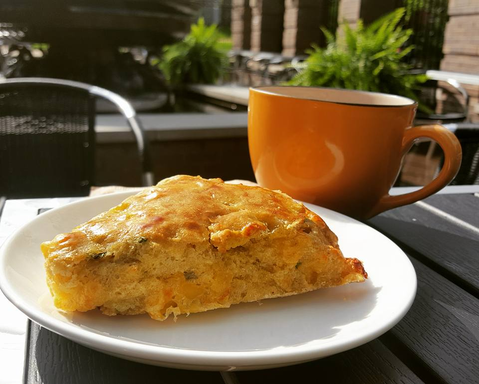 Housemade cheddar and chive scone